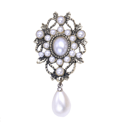ATHENA COLLECTION - VINTAGE PEARL BROOCH - GOLD - BROOCH 51