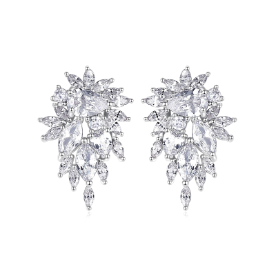 CUBIC ZIRCONIA COLLECTION - DAINTY SPARKLE EARRINGS - CZER502