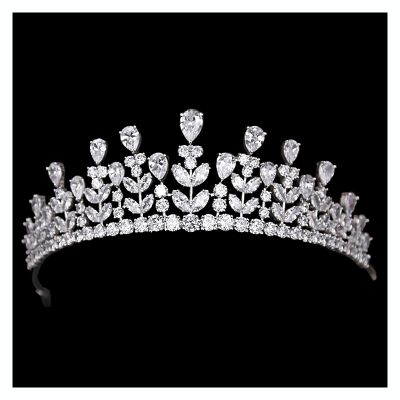 CUBIC ZIRCONIA COLLECTION - EXQUISITE LUXE TIARA - CZ4 TIARA - SILVER