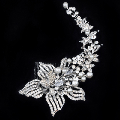 Luxurious Crystals & Pearl Hair Comb - Clear (HC28)