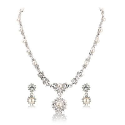 Pearlicious Crystal Necklace Set - Clear (S-NK1)