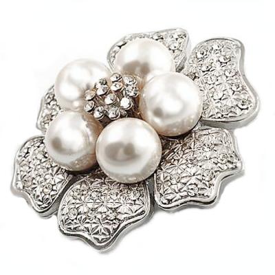 Pearl Flower Brooch - Brooch 144