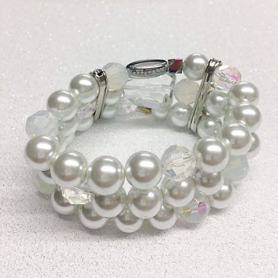 SALE ITEM - PEARL STRETCH BRACELET (5)