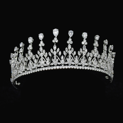 CUBIC ZIRCONIA COLLECTION - CRYSTAL RADIANCE TIARA - AHB49