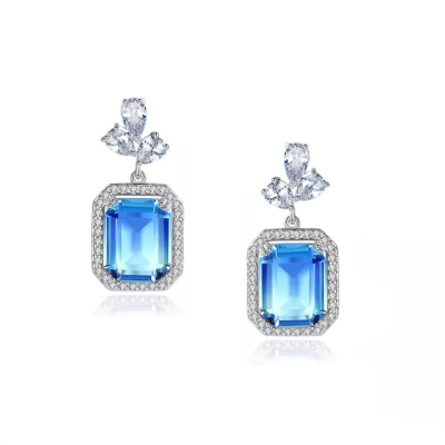 CUBIC ZIRCONIA COLLECTION -SPARKLE GEM EARRINGS - BLUE (CZER504)