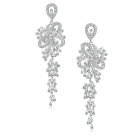 CUBIC ZIRCONIA COLLECTION - CRYSTAL TREASURE EARRINGS - SILVER (CZER440)