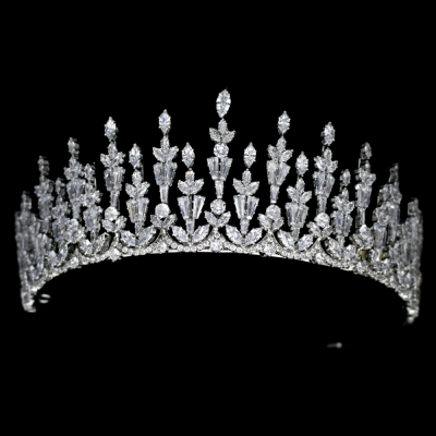 CUBIC ZIRCONIA COLLECTION - REGAL ELEGANCE TIARA - AHB56 SILVER