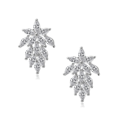 CUBIC ZIRCONIA COLLECTION - VINTAGE CRYSTAL EARRINGS - CZER561 SILVER