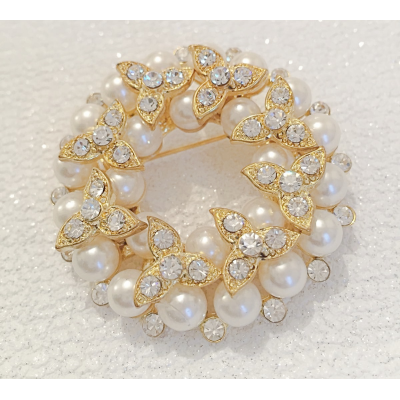 SALE ITEM - GOLD PEARL BROOCH