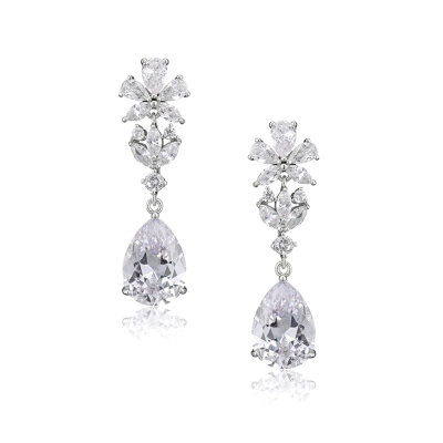 CUBIC ZIRCONIA COLLECTION - GRACEFUL CRYSTAL EARRINGS CZER539