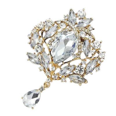 Vintage Glamour Brooch - Gold
