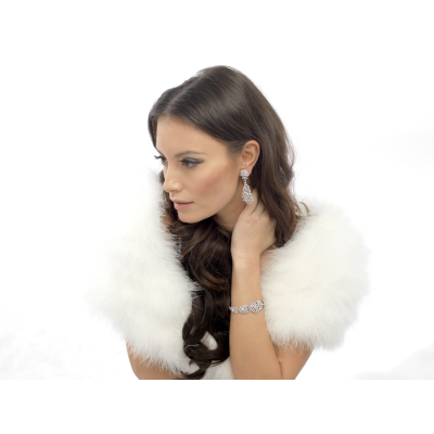 VINTAGE INSPIRED MARABOU FEATHER WRAP -Ivory (SG3)