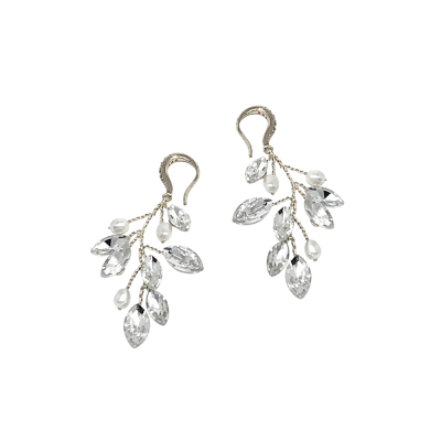ATHENA COLLECTION - PEARL VINE EARRINGS - (ER488) SILVER