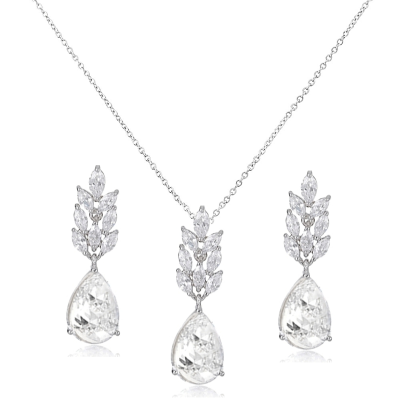 CUBIC ZIRCONIA COLLECTION - STARLET CHIC  NECKLACE SET - CZNK107 SILVER