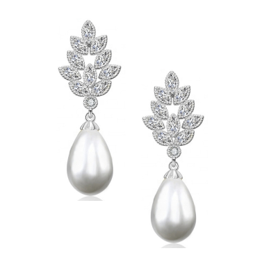 CUBIC ZIRCONIA COLLECTION - VINTAGE CHIC EARRINGS - CZER595 SILVER