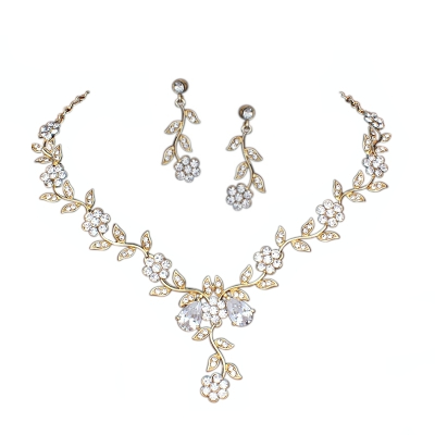 ATHENA COLLECTION - CRYSTAL VINE NECKLACE SET - NK97 (GOLD)